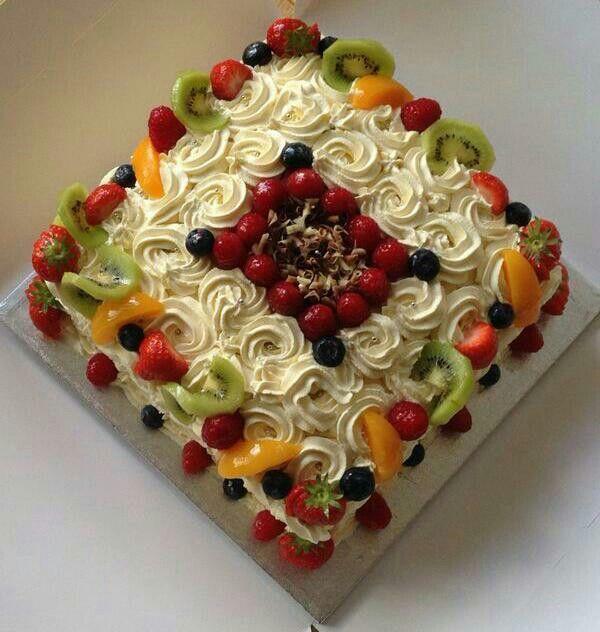 Fresh Cream Fruit Cake With Images Fruit Cake Fresh Fruit