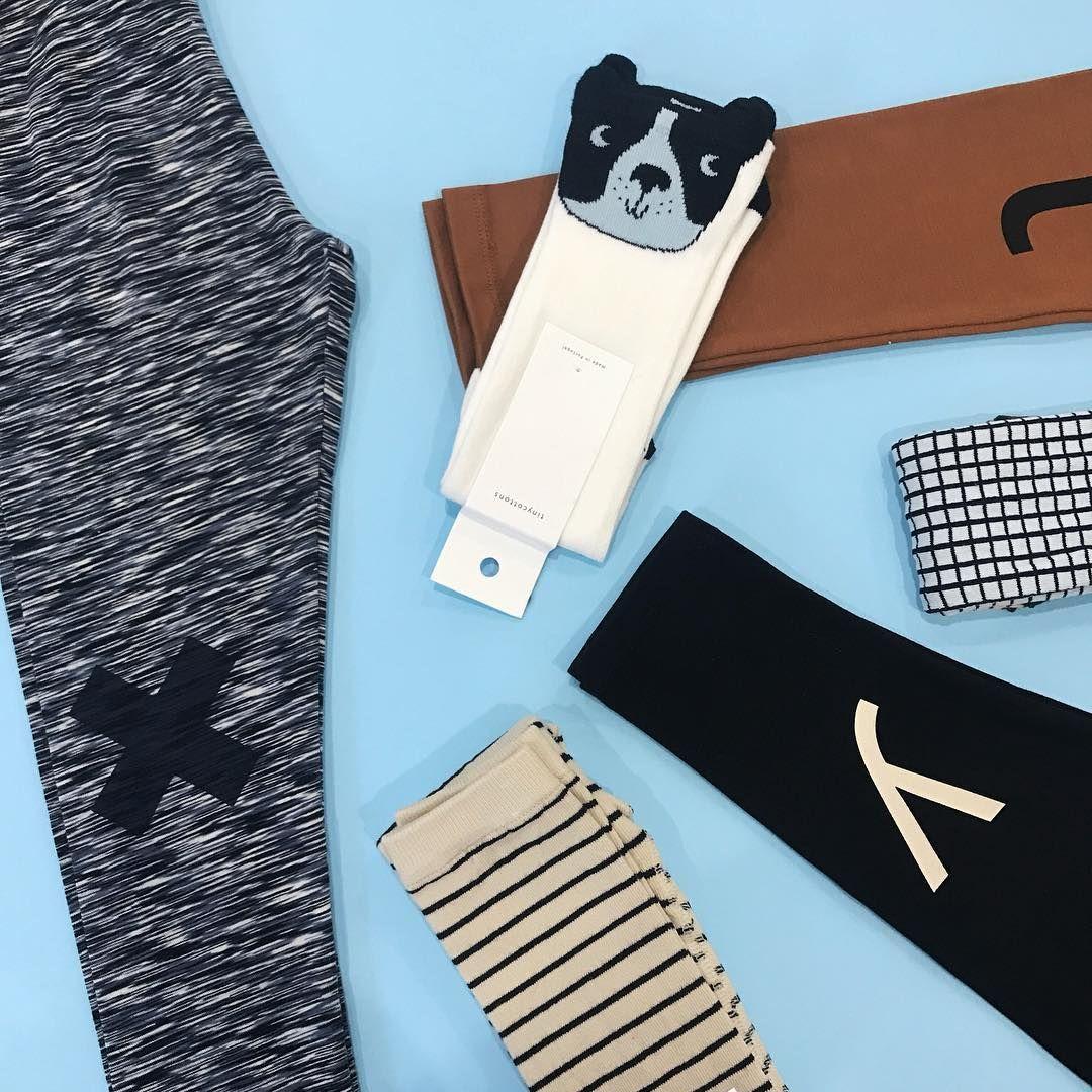 Calcetines y leggings divertidos de la mano de Tinycottons que podéis  encontrar en nuestra tienda Una c4cc261fa15