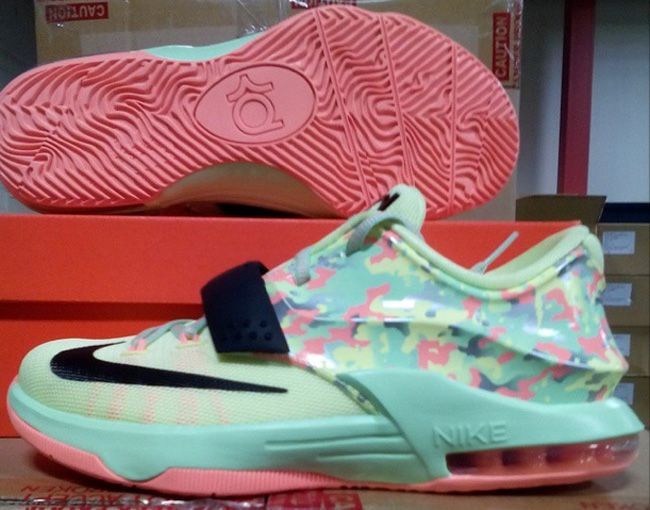 """online store 030ea 1ca5d Nike KD 7 GS """"Easter"""" (First Look)"""