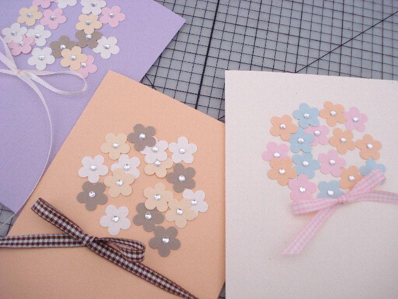 お花のクラフトパンチで花束のバースデーカード 簡単手作りカード カード 手作り 色紙 アイデア
