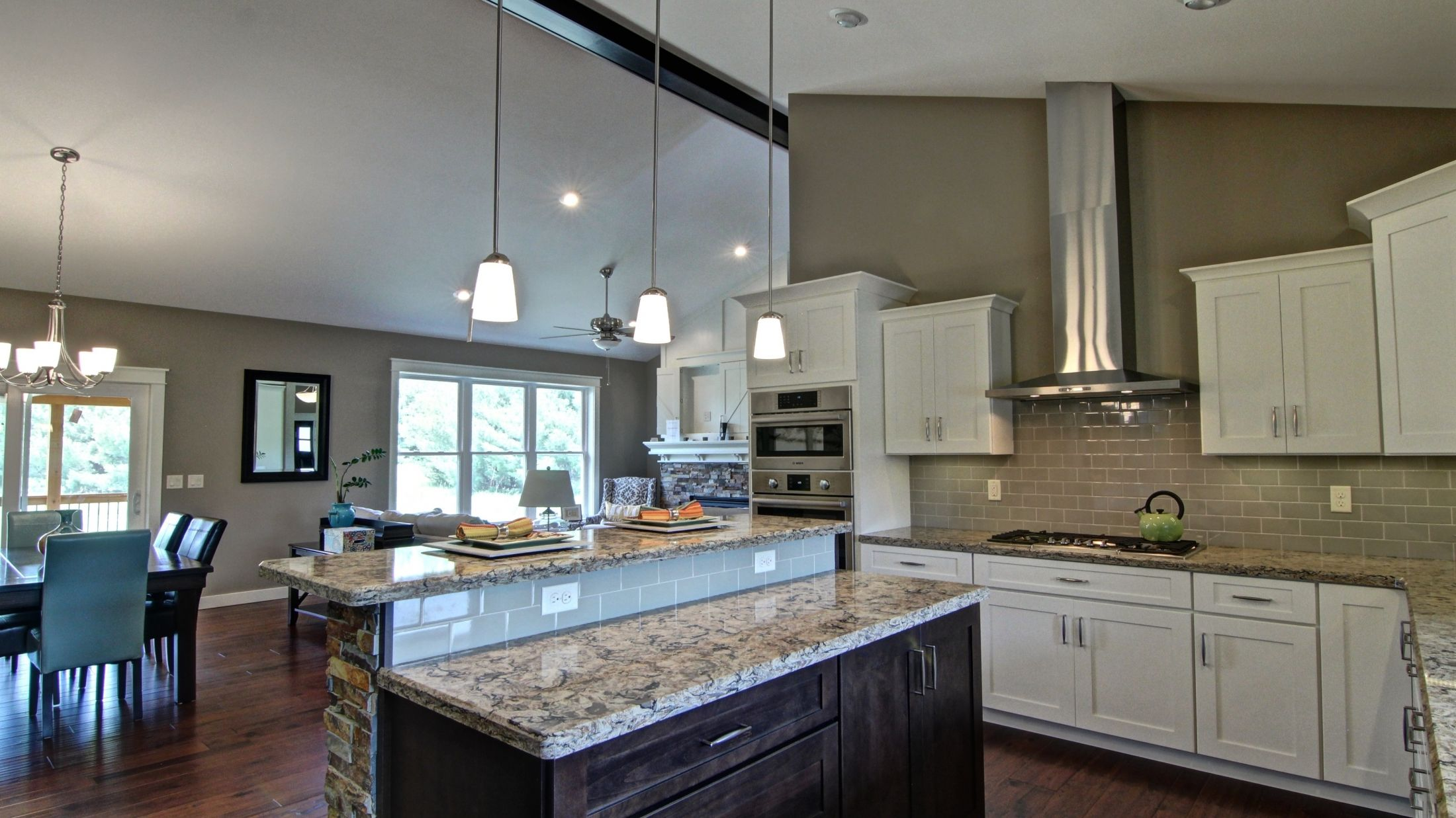 C&E Wurzer Builders can bring you your dream #KitchenDesign #CustomHomes #CustomKitchens