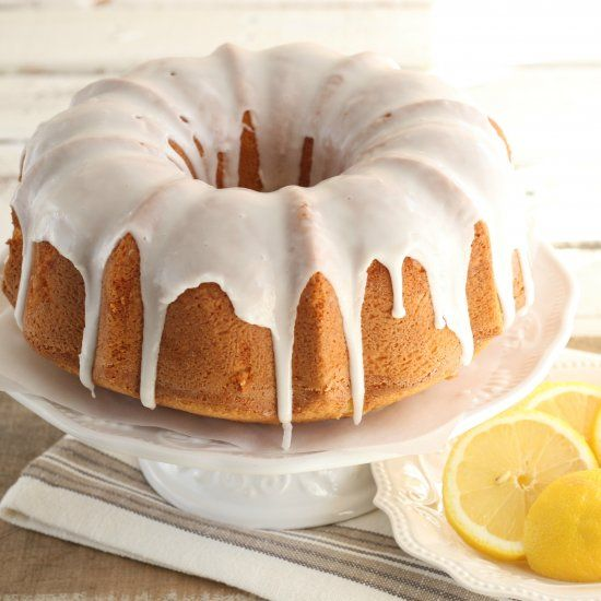 This Old-fashioned Style Pound Cake With A Wonderful Pop