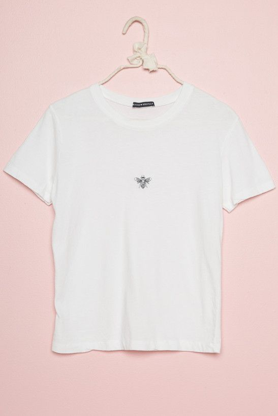 Pin By Lisa On Tops Brandy Melville Graphic Tees