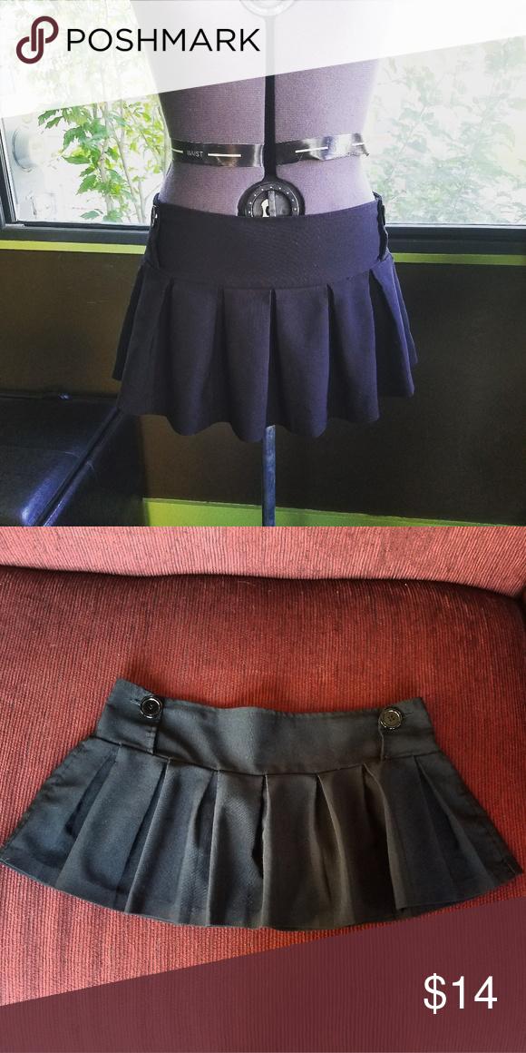 7c34e061f8e4fd Cute Black Pleated Micro Mini Skirt M Adorable black micro mini skirt! It's  pleated and