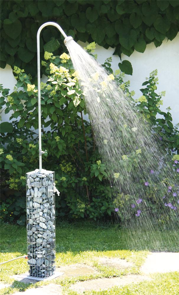 Eine Gartendusche Ermoglicht Ein Erfrischendes Vergnugen An Heissen Tagen Gartendusche Garten Wasserhahn Garten