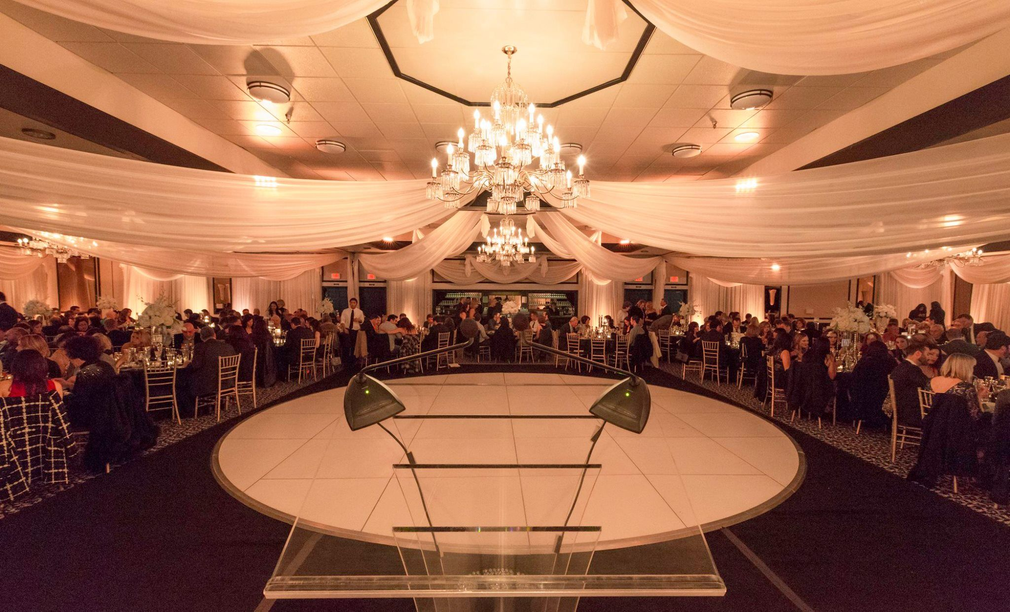 Classic Round White Dance Floor Is Perfect For Any Private