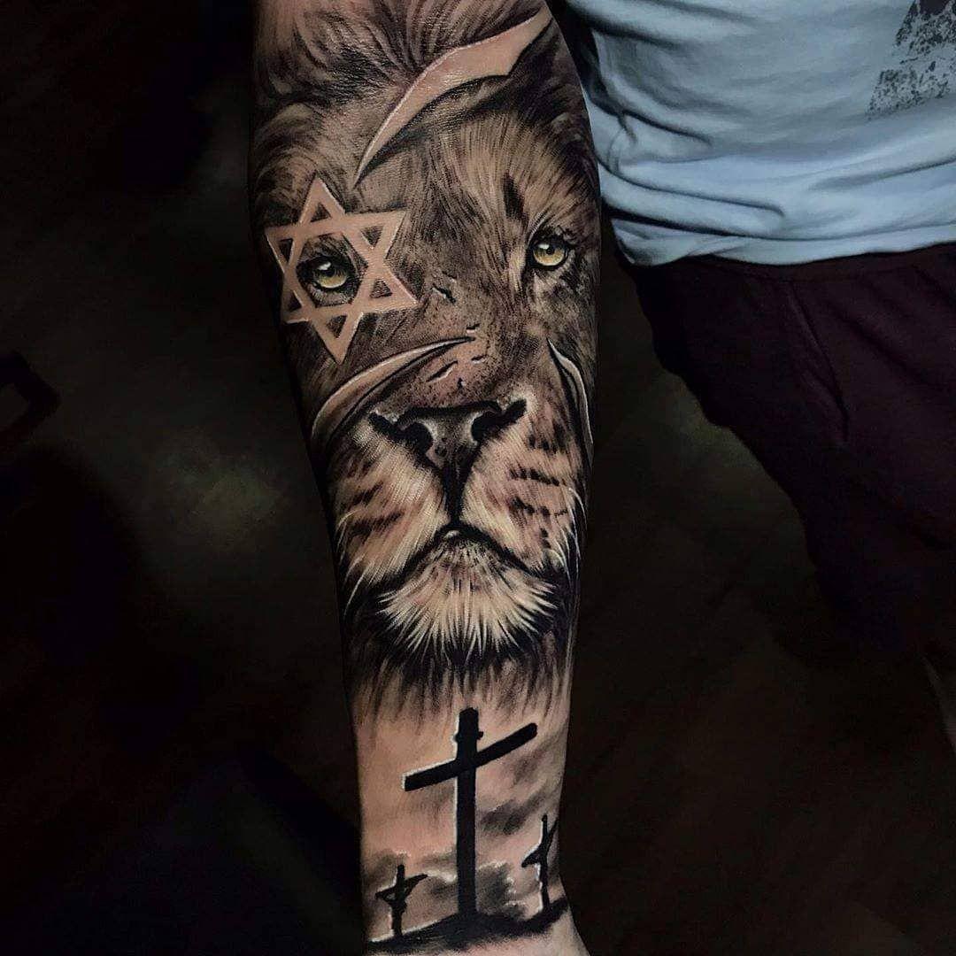 Artist: @yanfernandestattoo . . . #tattooedcommunity #tatooink #tatoodesign #tattoosociety #neotraditionaltattoos #tattoosp #tattooaddict #tattooarm #thebesttattooartists #tattoorealistic #tattooworld #tattooinkspiration #tatoostyle #toptattooartist #tattooedpeople #tattooartists #tattooartwork #tatooaddict #tattoounity #tattooartists #inkedmagazine #tattoosp #superbtattoos #tattooofinstagram #tattooinked
