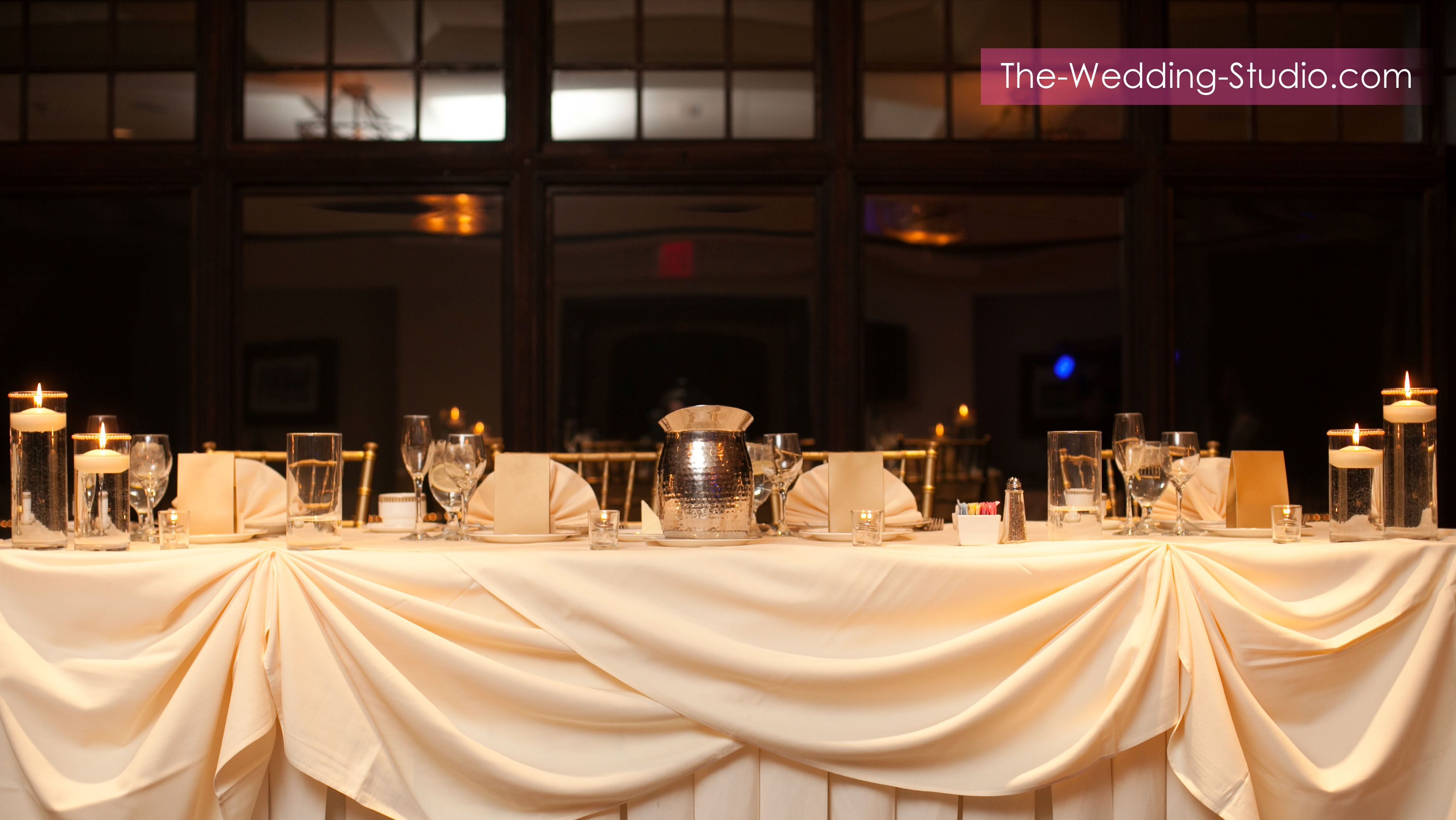 View Of The Head Table At Makray Memorial Golf Club Photographed By Wedding Studio