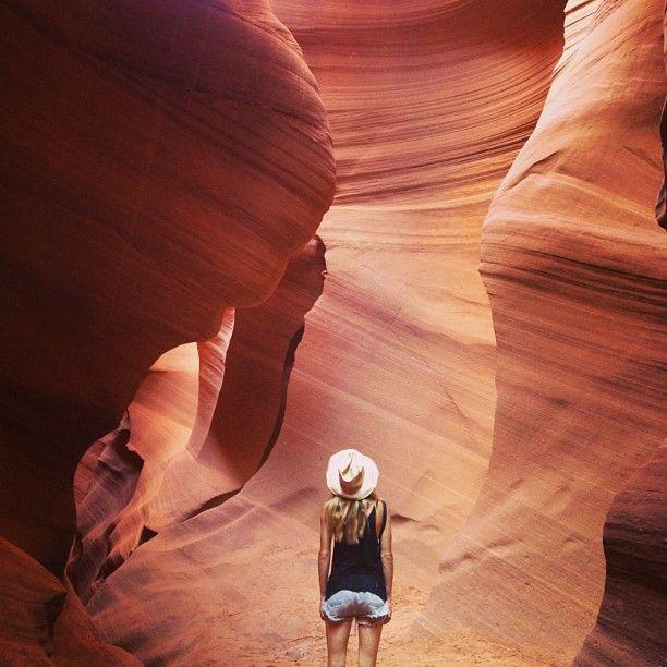 Upper Antelope Canyon tour- page, AZ