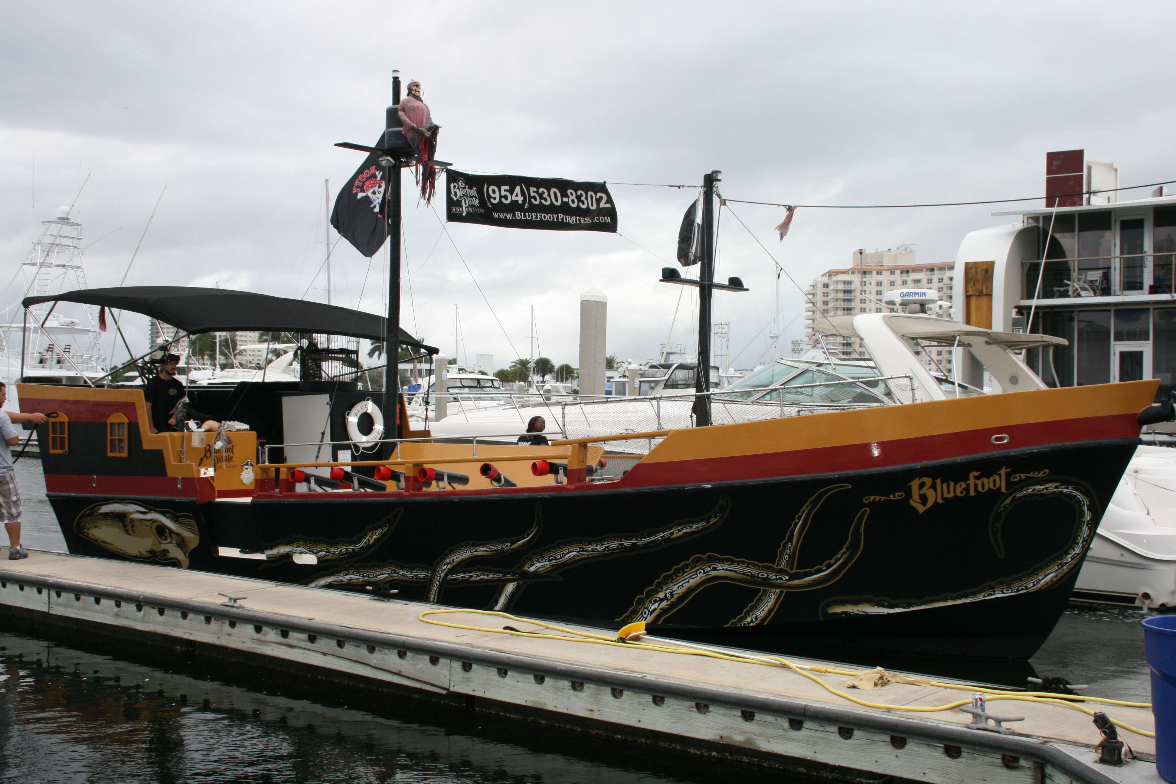 Fort Lauderdale Custom Vinyl Boat Decals Kraken Octupus Graphics - Boat decals custom graphics