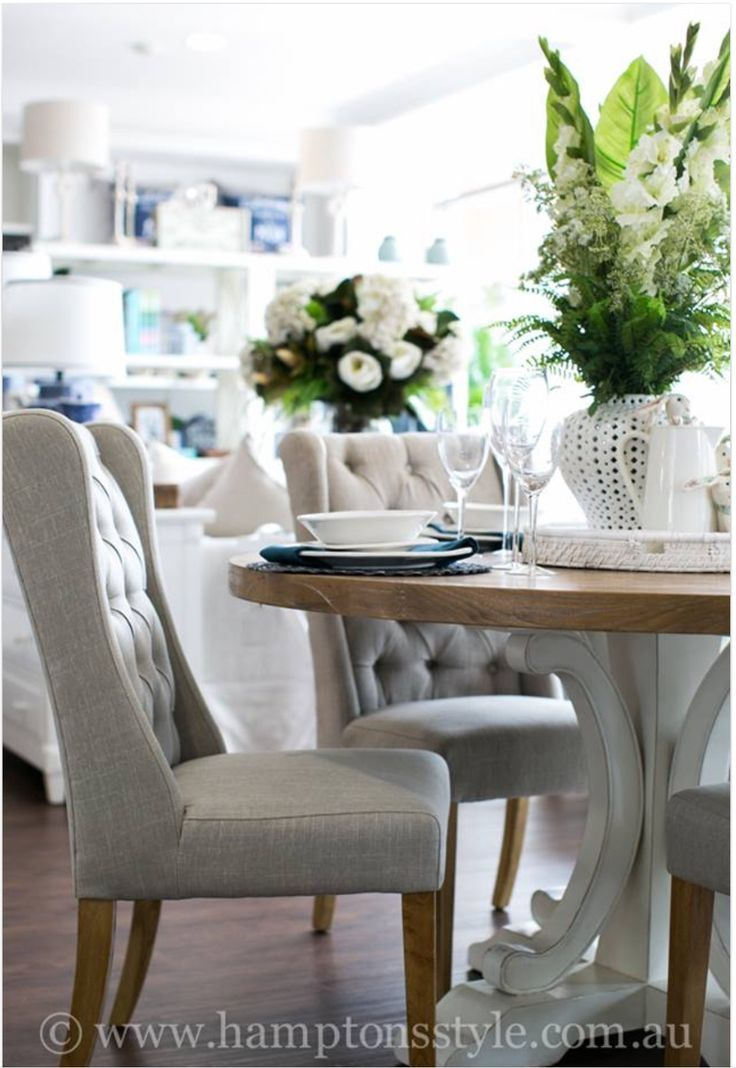 We Love Elegant Dining Rooms With Round Tables Hamptons Style