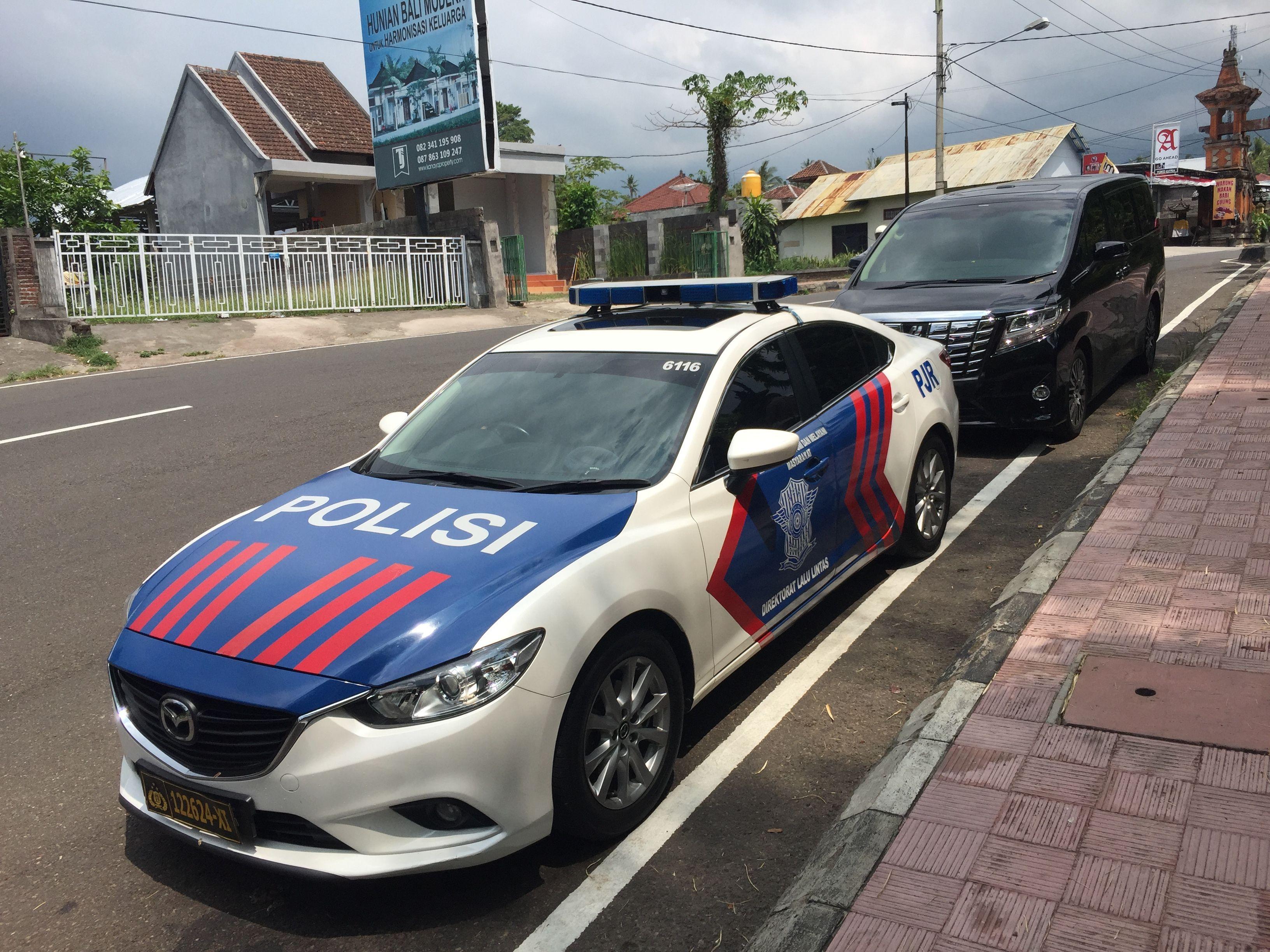Sewa Mobil Alphard Di Bali Plus Pengawalan Polisi Info 081339461777 Wa Mobil Polisi Mobil Polisi