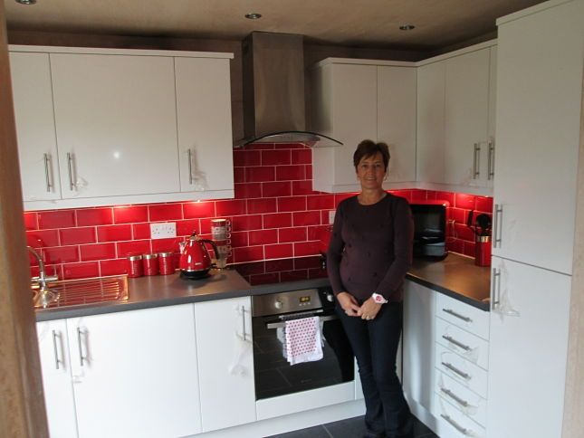 red and white kitchen tiles kitchen stuff 7671