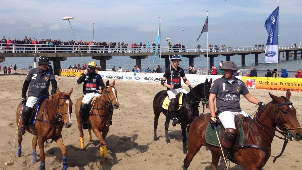2 Timmendorfer Beach Polo Von Prora Solitaire Das Hotel Von Der Insel Rugen 2 Deutsche Meisterschaft 5 Mai Bis 07 Mai 2017 Teams Pinterest