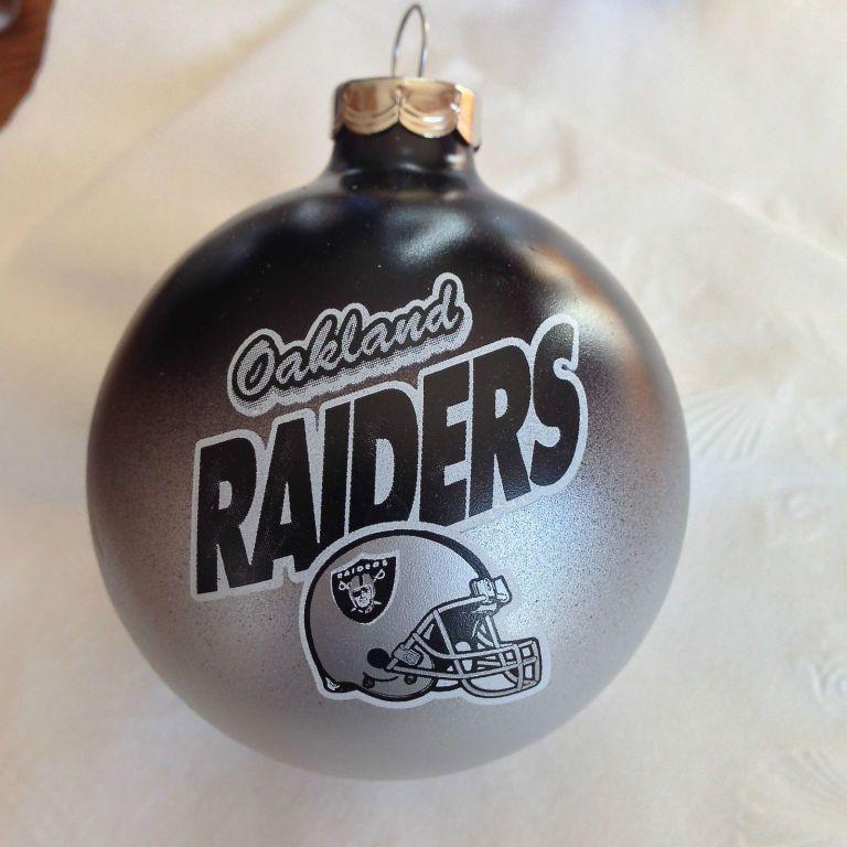 25 Oakland Raiders Glass Ball Christmas Tree Ornament  the