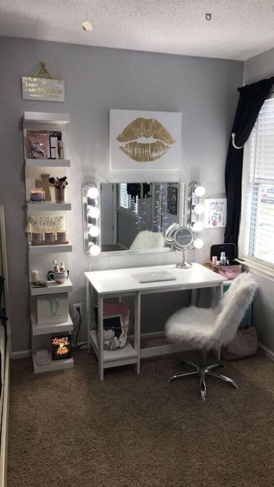 28+ DIY Simple Makeup Room Ideas, Organizer, Storage and Decorating images