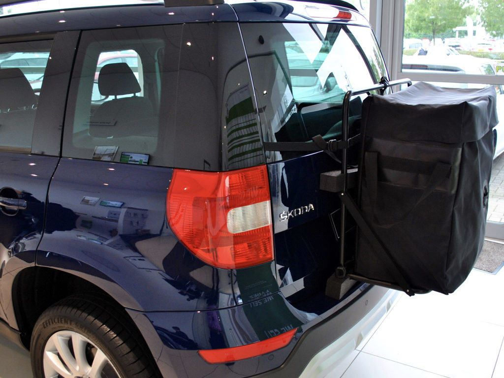 Skoda Yeti Roof Box No Bars No Clamps No Brackets No Fuss