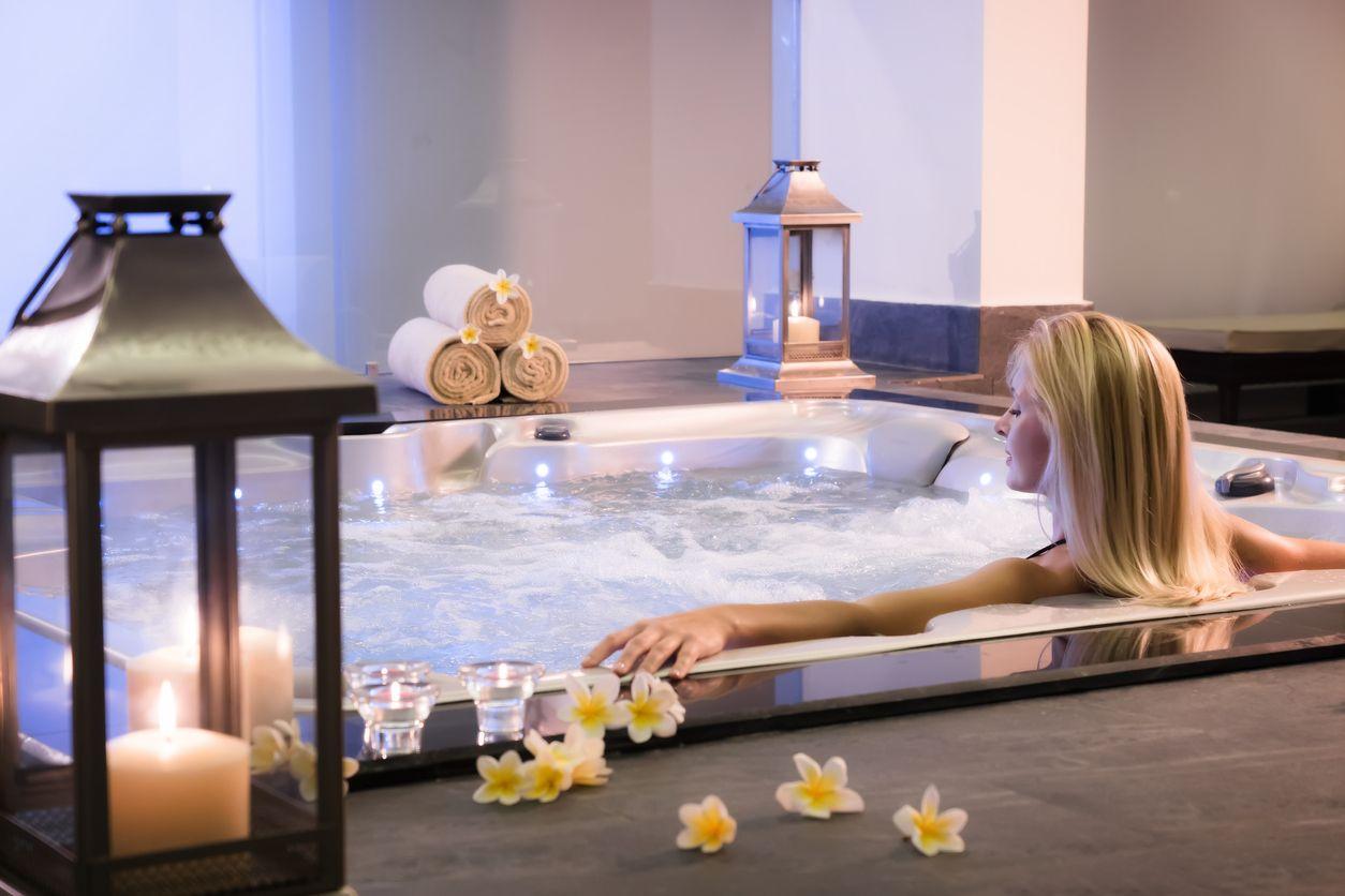 Die 10 Besten Hotels Mit Whirlpool Im Zimmer Inkl Karte 2020 Hotel Mit Whirlpool Whirlpool Whirlpool Zimmer