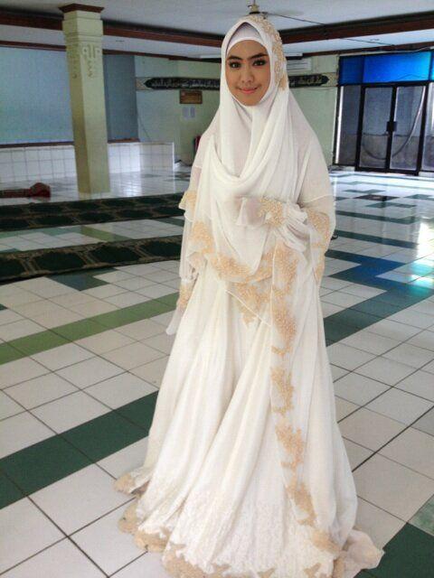 Oki Setiana Dewi On Gaun Pengantin Gaun Pengantin Sederhana