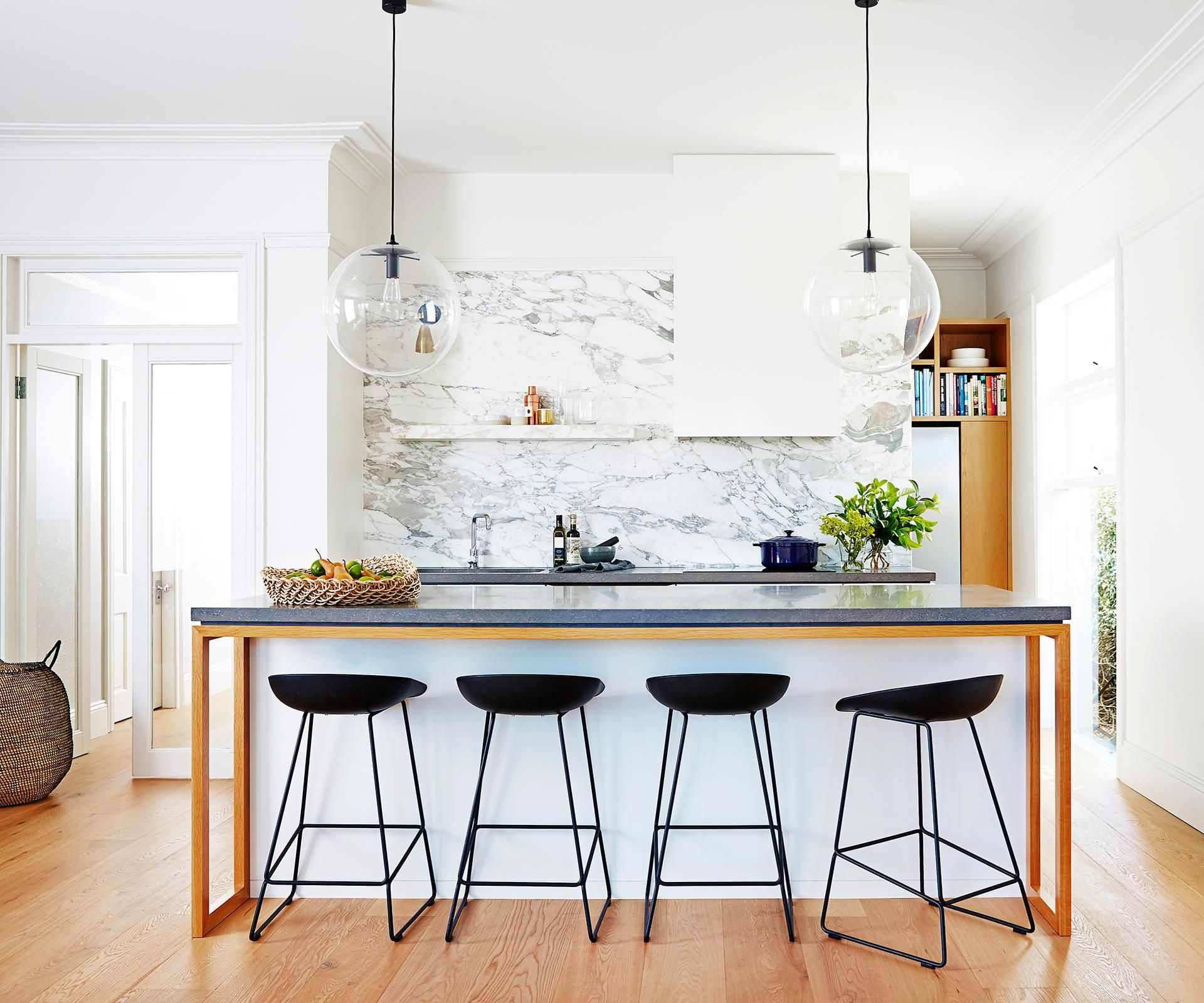 Kitchen Island Bench Pendant Lighting: Kitchen Profile: Time To Shine In 2019