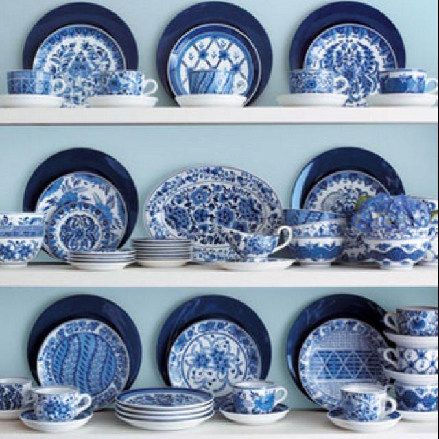 Delft Royal blue & Delft Royal blue | Pantonemania | Pinterest | Blue dishes Blue ...