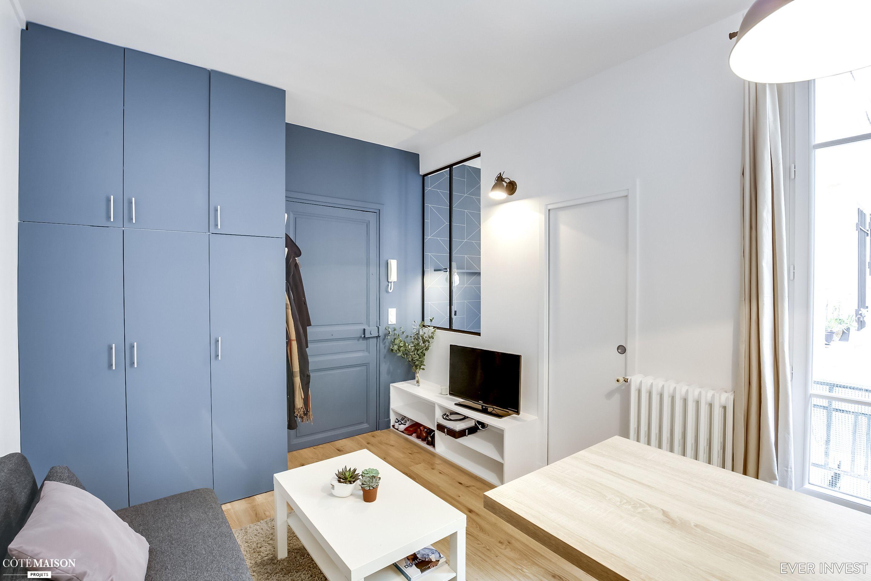 Un Studio De 20 47m2 Restructure Pour La Location A Paris Ever Invest Cote Maison Appartement Achat Appartement Premier Appartement