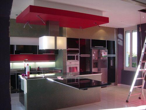 faux plafond sur plaque cuisson cuisine - Recherche Google cuisine - Photo Cuisine Rouge Et Grise