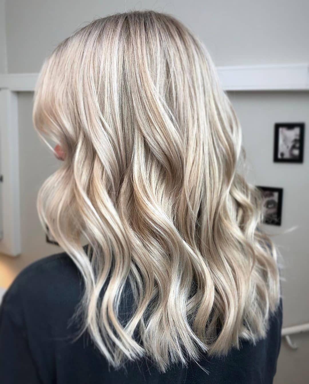 Blondit Hiukset
