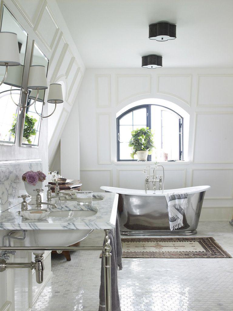 Roll top bath in bathroom perfection!