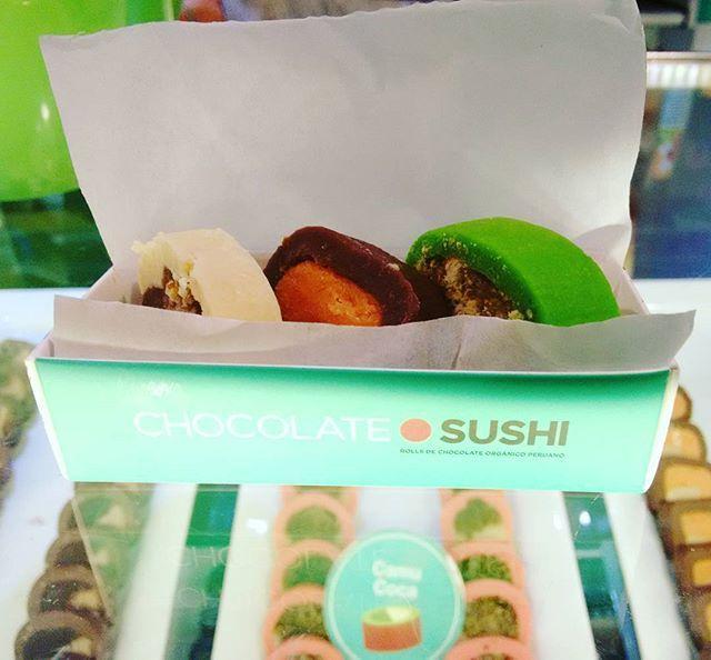 E F F Y ♡ @sthrramirez chocolate sushi i...Instagram #SUSHI #CHOCOLOTE #FOOD #M&MS #TWIX #DIY #RECIPE #FONDUE #CUTE