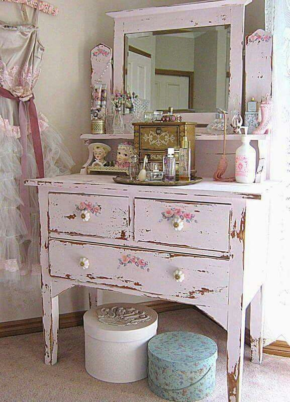 shabby chic shabby chic pinterest meubles meubles peints et shabby. Black Bedroom Furniture Sets. Home Design Ideas