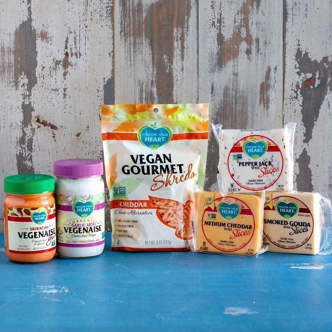 Looking To Ditch Dairy Here Are 13 Vegan Cheese Brands Producing Delicious Realistic Dairy Free Cheese Th Vegan Cheesecake Recipe Vegan Cheese Cheese Brands