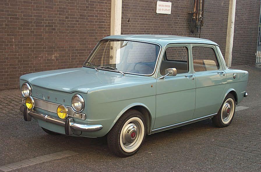 oui oui, nous avons cette voiture de l'annee 1965! la simca 1000