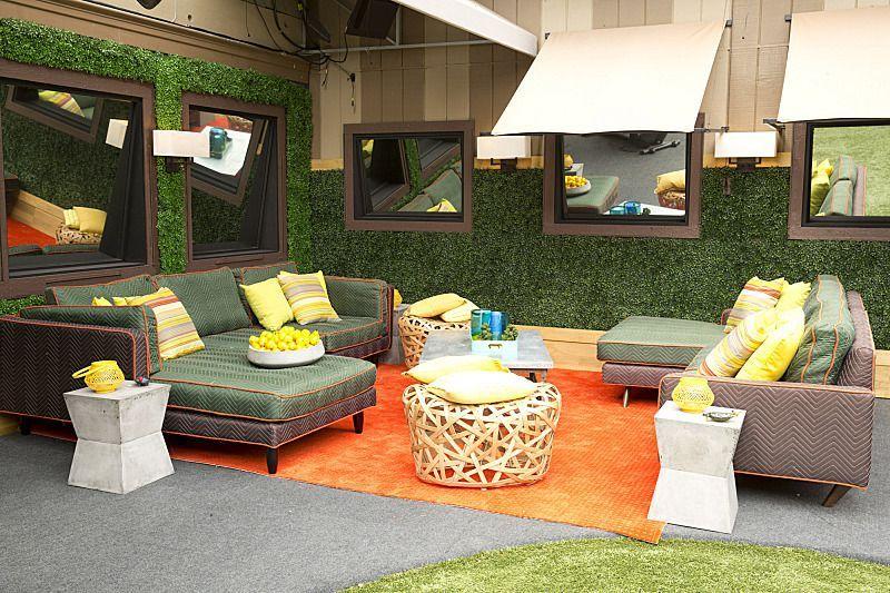 bb16 backyard furniture