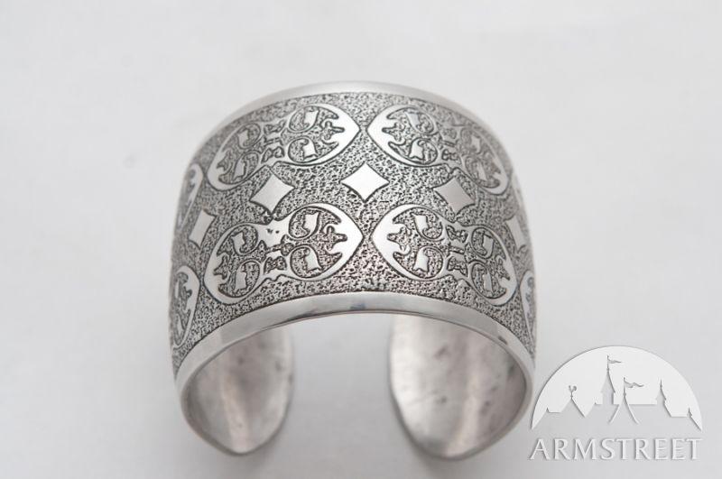 Bracelet médiévale en acier inoxydable décapé largeur 5 cm d'ArmStreet