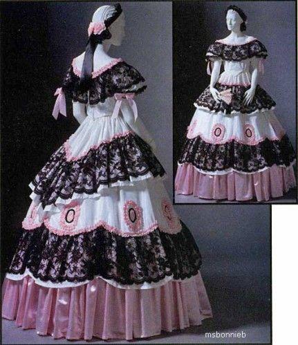 Robe de bal a crinoline