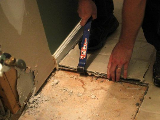 Permalink To How To Remove A Tile Floor Dealing With The Floor Tiles And Their Glue