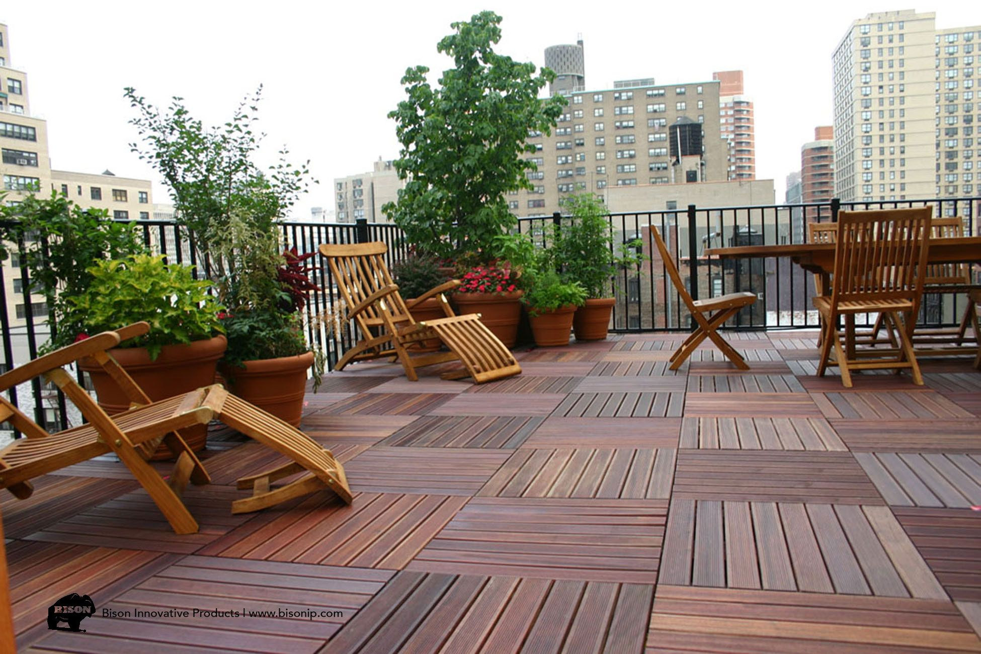 Rooftop Deck In New York Using Bison Innovative Products Wood