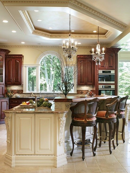 Traditional Kitchen Design Ideas, Pictures, Remodel and Decor | NEW Decorating Ideas #traditionalkitchen