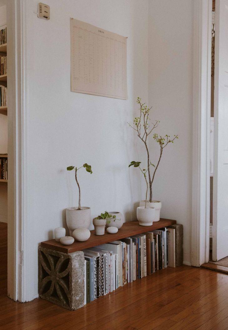 Ich liebe diese Bank voller Topfpflanzen und halte sie mit dem Cement Decorativ …