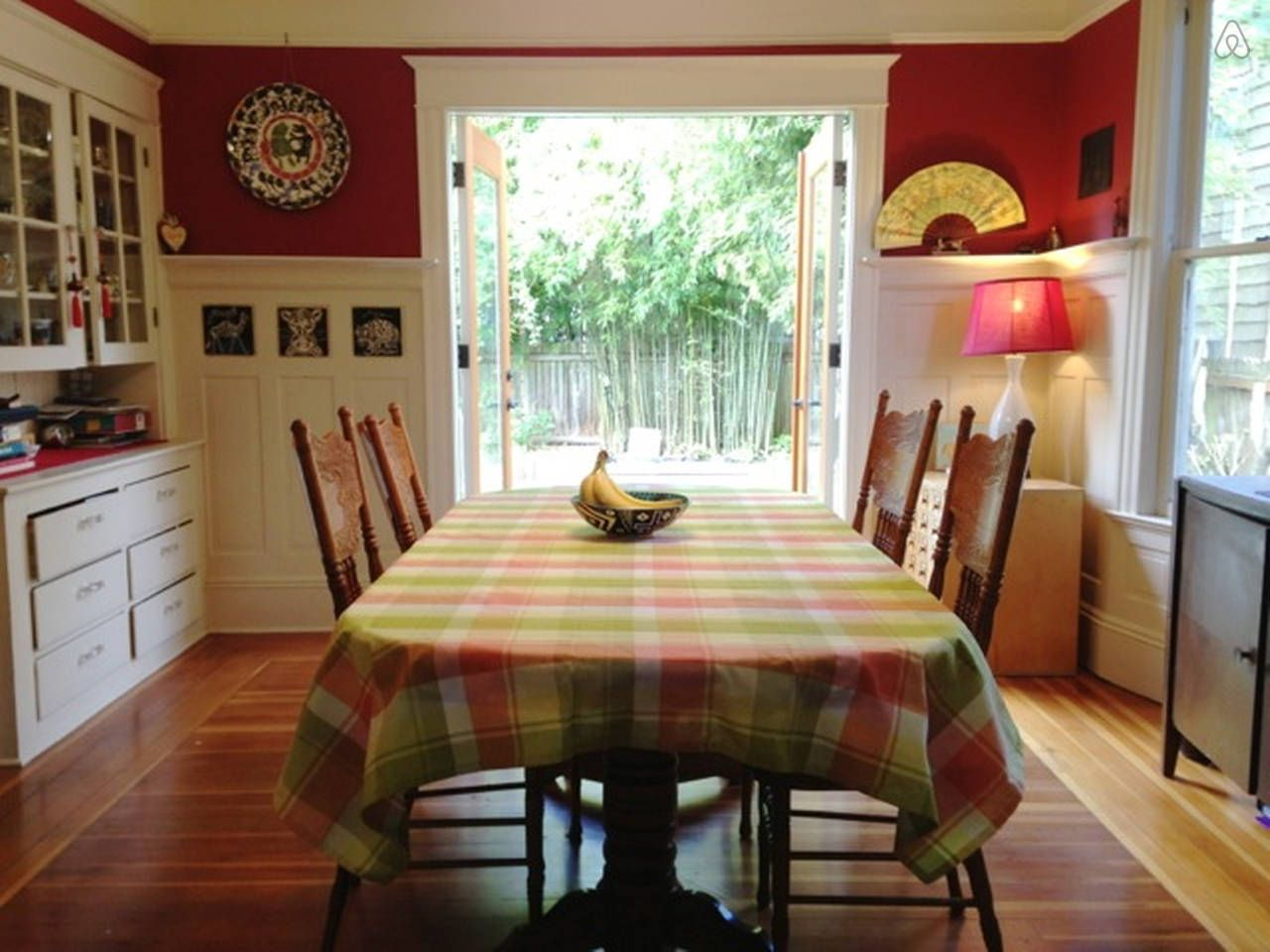 Sweet Home/Walk to Restaurants vacation rental in