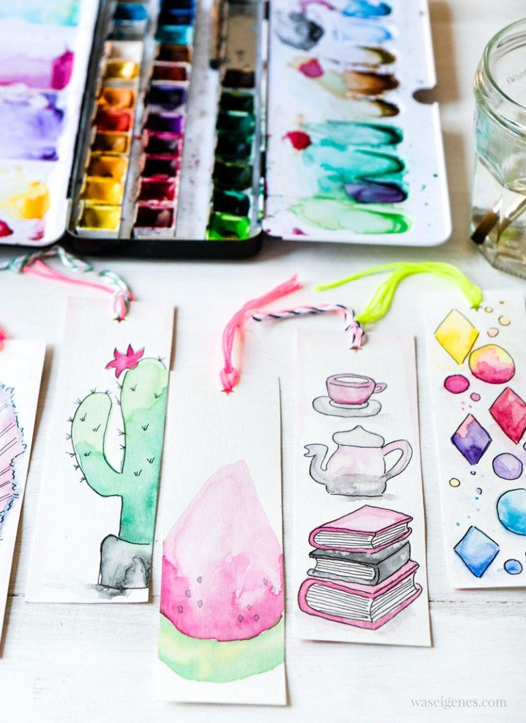 Photo of DIY watercolor bookmarks