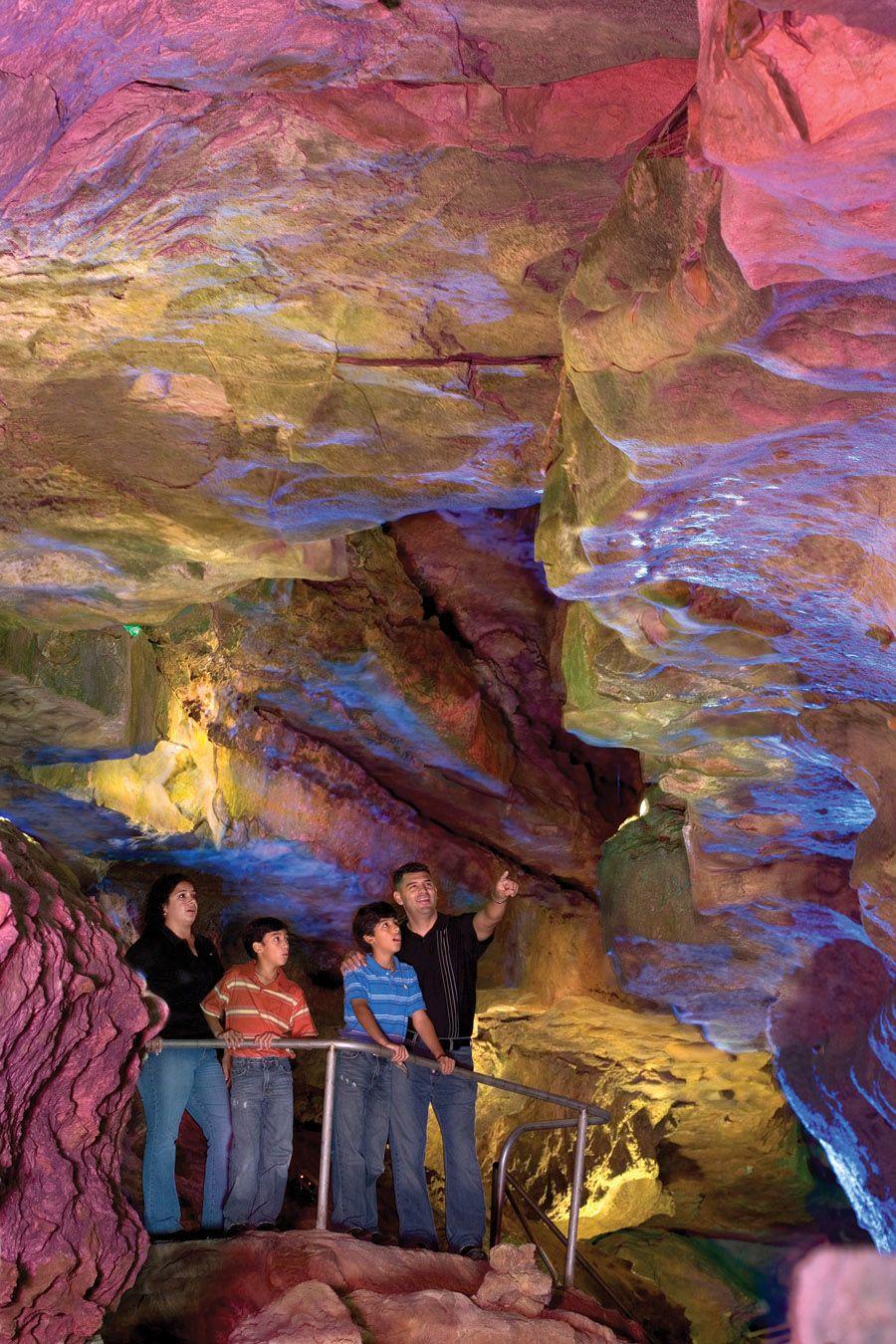 Balcones Fault Line Cave World Park - 1000