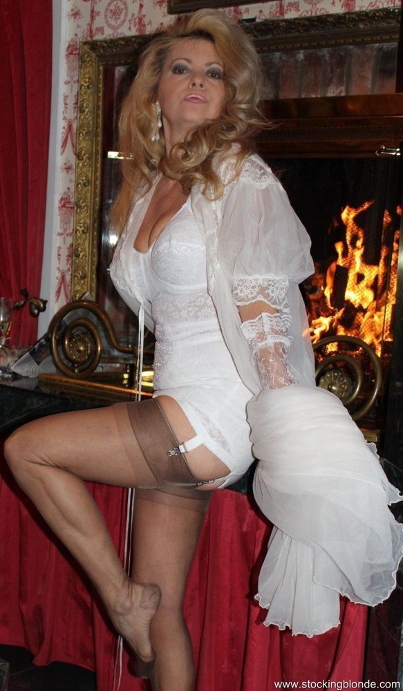 Congratulate, vintage rht nylon stockings recollect