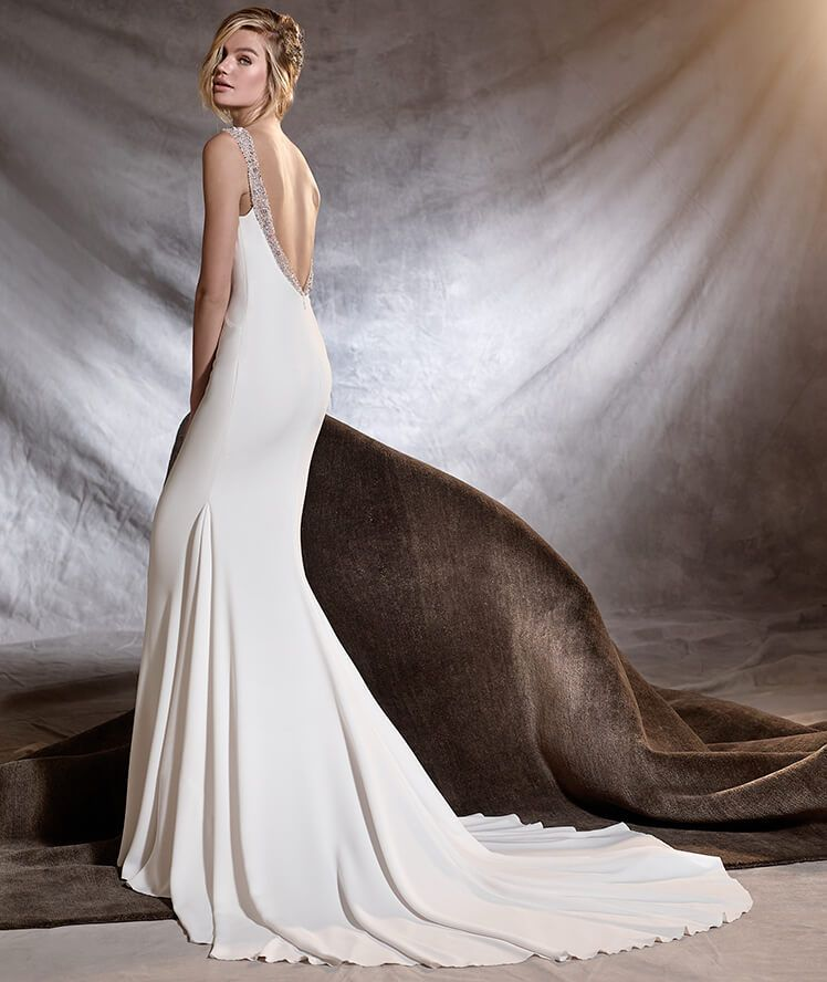 7e349b4f0286 OLALDE - Distinguished mermaid wedding dress with bateau neckline