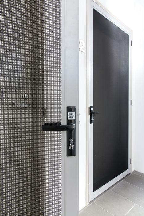 Prowler Proofu0027s ForceField® hinge door uses the Lockwood 8654 lock. It is one of & Prowler Proofu0027s ForceField® hinge door uses the Lockwood 8654 lock ... pezcame.com