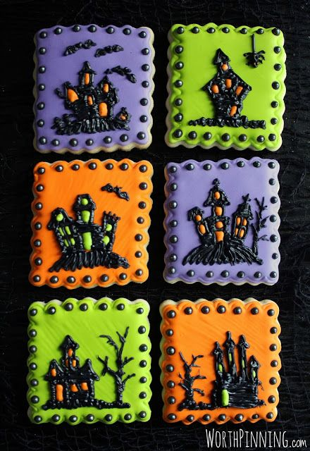 Worth Pinning: Haunted House Sugar Cookies