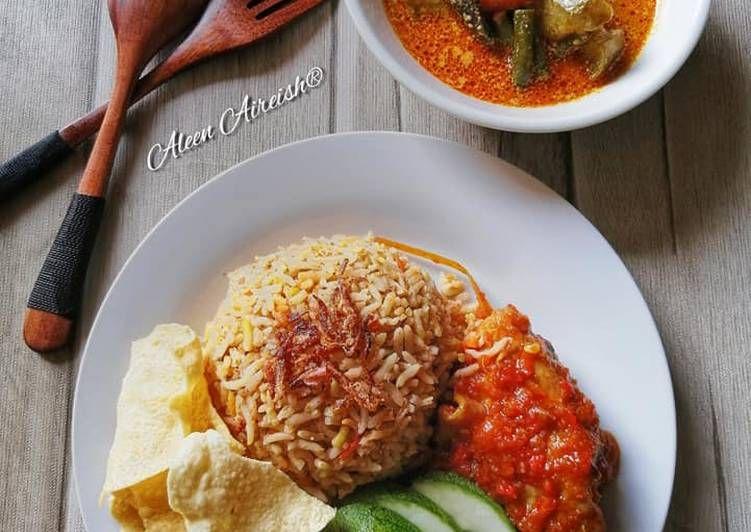 Nasi Beriani Ayam Sambal Merah