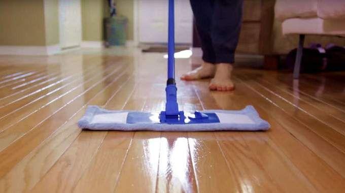 certainement le meilleur nettoyant pour parquet stratifi bricolage nettoyage pinterest. Black Bedroom Furniture Sets. Home Design Ideas