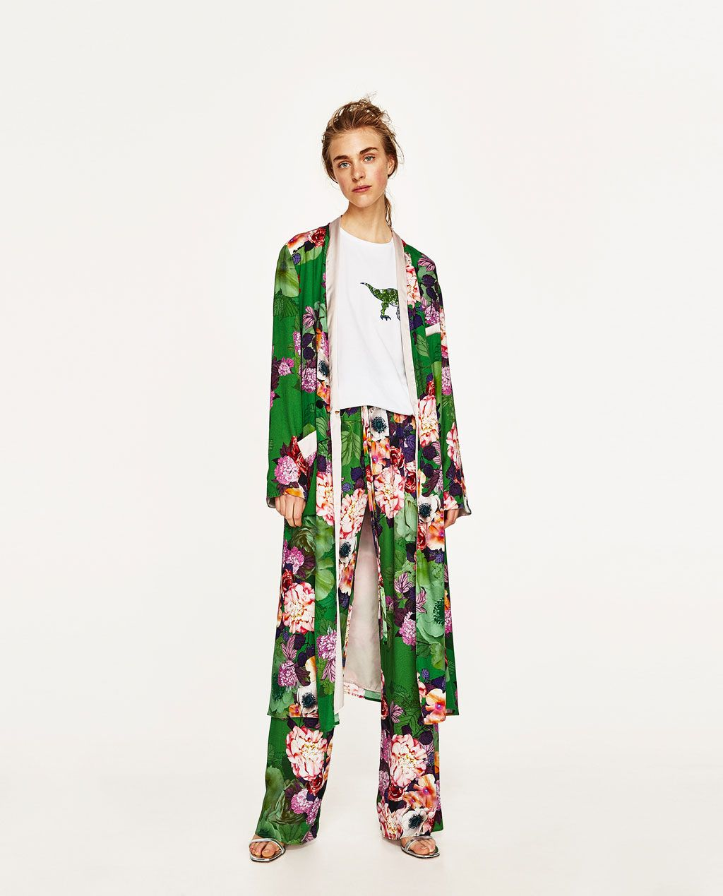 c7f13b6556 Image 1 of LONG FLORAL PRINT KIMONO from Zara | wear in 2019 ...